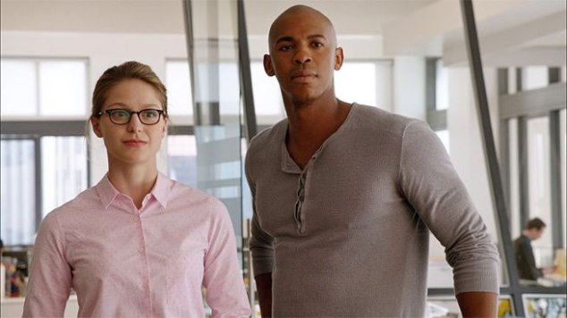 supergirl-and-jimmy-c1f43